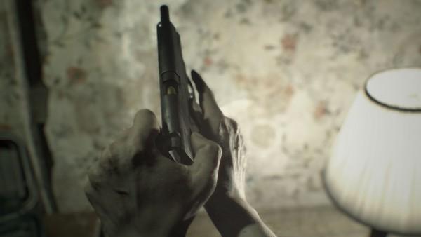 RE7 Gun